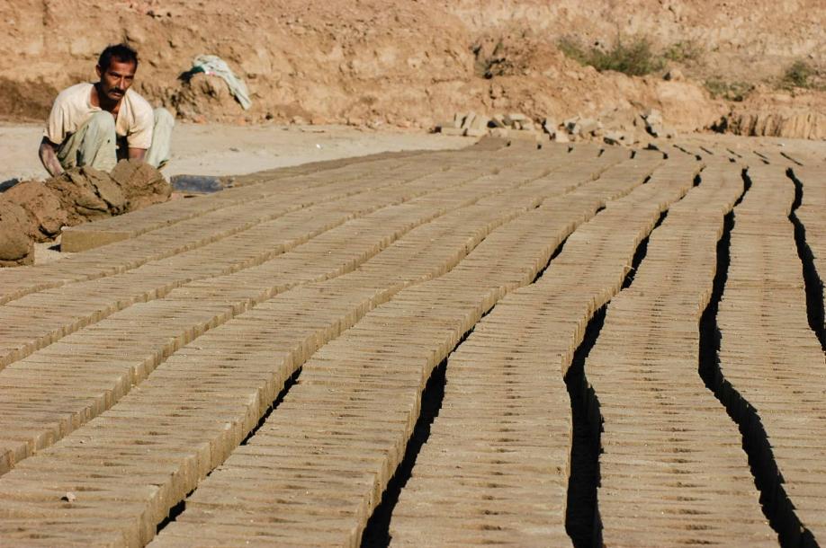 Faseeh-shams-photography-brick-makers1.jpg