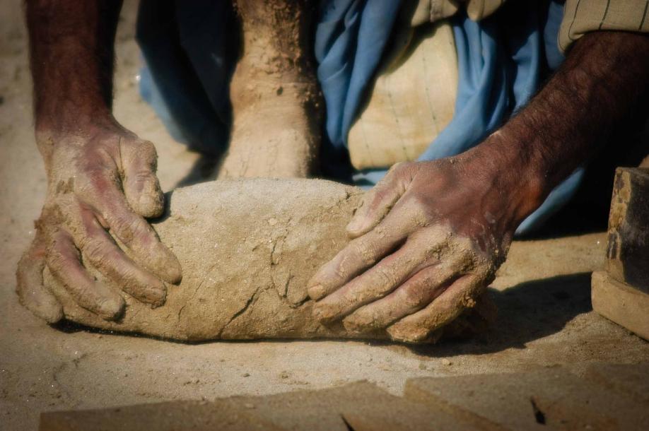 Faseeh-shams-photography-brick-makers2.jpg