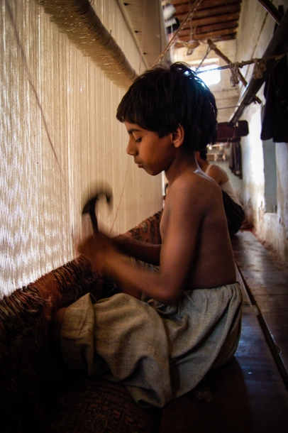 Faseeh-shams-photography-carpet-weavers2.jpg