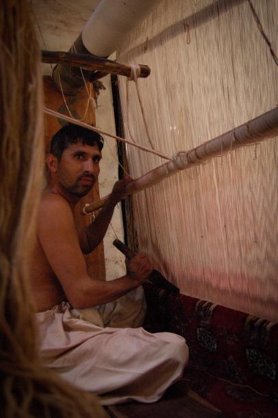 Faseeh-shams-photography-carpet-weavers3.jpg