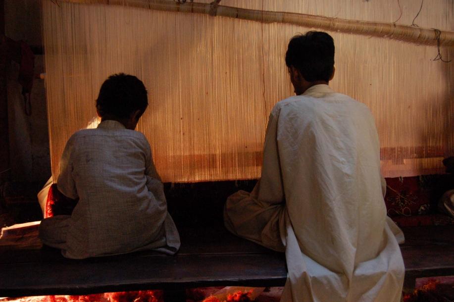 Faseeh-shams-photography-carpet-weavers9.jpg