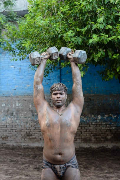 Kabadi-wrestling-pakistan19