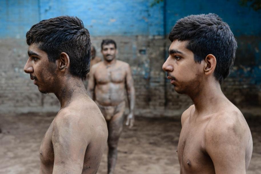 Kabadi-wrestling-pakistan21